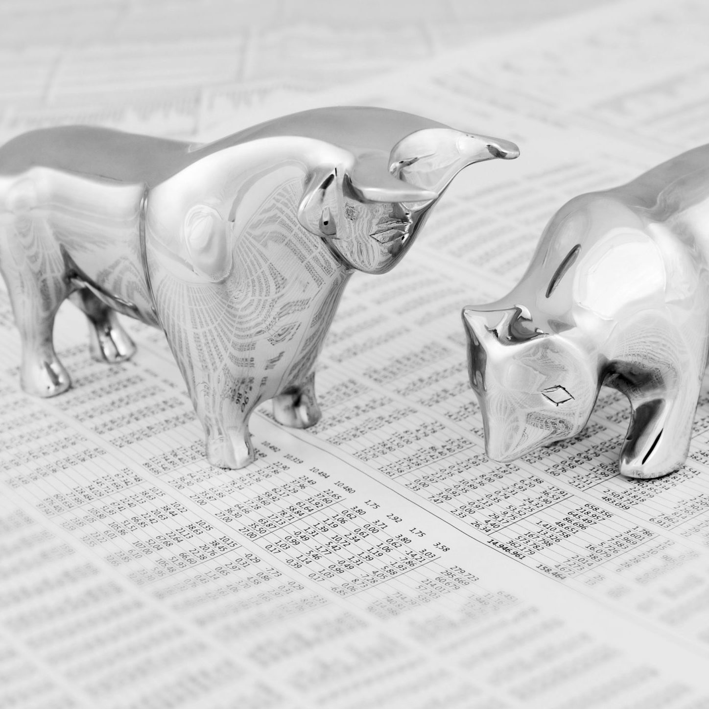Business concept - Bull and bear, symbolic beasts of market trend, toned image.